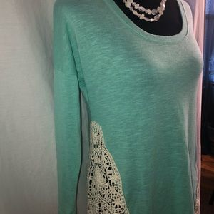 Mint and crochet top size small